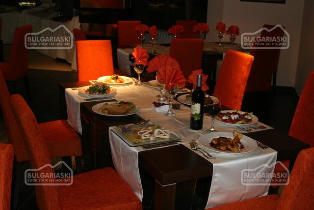 Отель Belvedere Holiday Club22