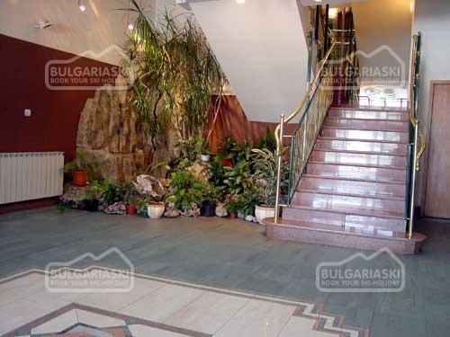 Отель Глазне5