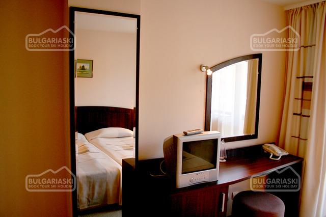 Meteor Hotel7