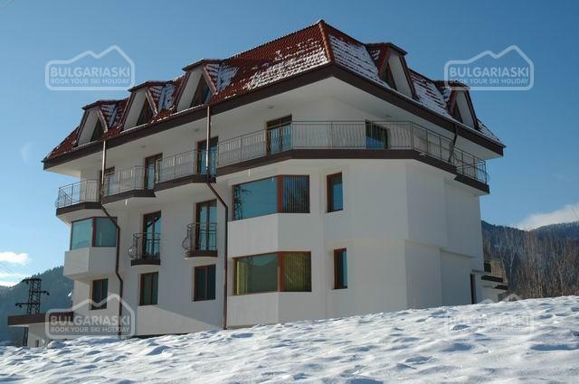 Семейный отель Кристал1