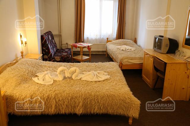 Семейный отель Бисер9