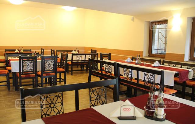 Отель Кооп Рожен11