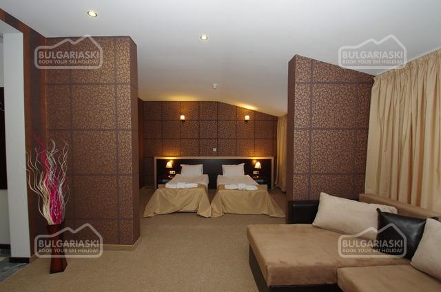 Отель Роял16