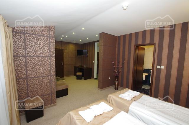 Отель Роял19